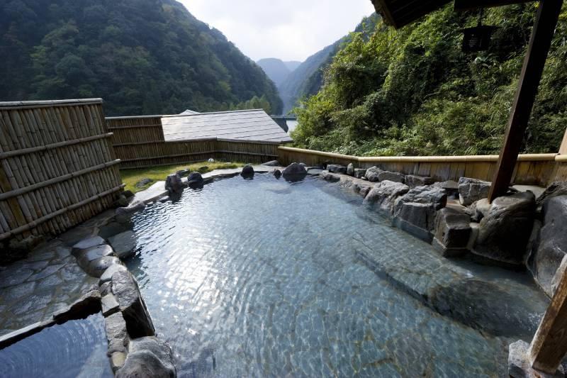 玉ノ樹展望露天風呂 西日本豪雨による使用中止のお知らせ