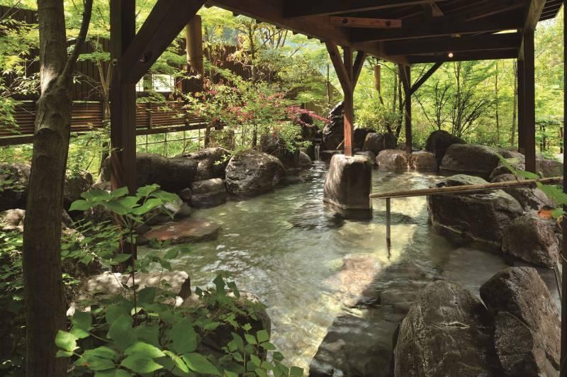 新緑美しい杖立!外来入浴は吉祥の湯が毎日利用可能です