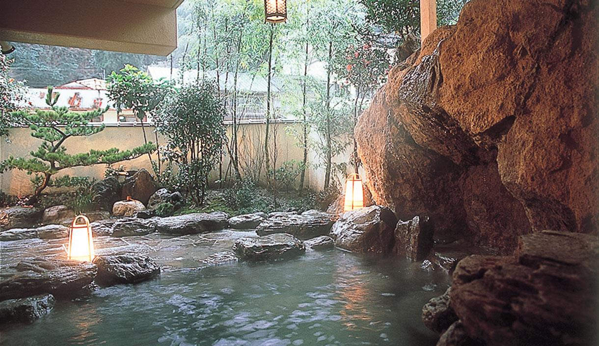 Accommodation Daishizen large communal bath of Tsuetate mountain stream