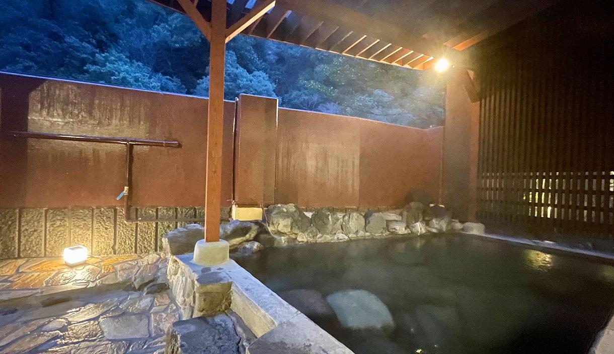 Hot water of hizenya Kumamoto building large communal bath Higo