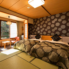 Large annex Japanese-style room twin